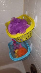 Bath toy storage from Dollar Store Easter Baskets